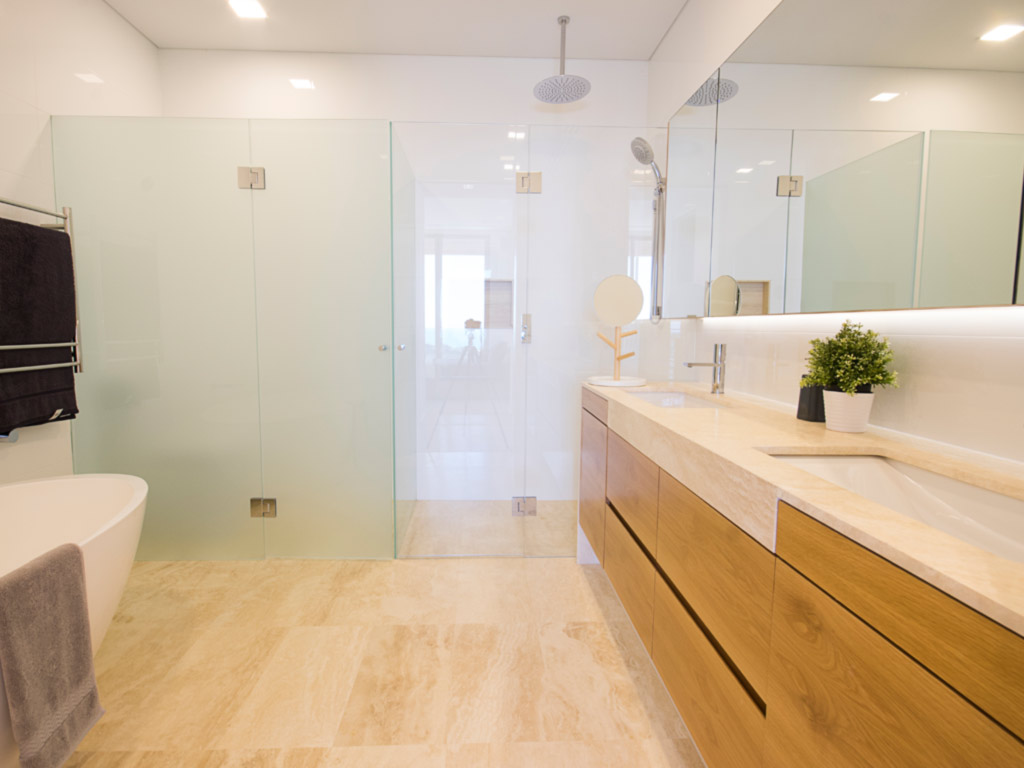 Shower Screens Perth | Glass Showerscreens, Frameless Shower Screens ...